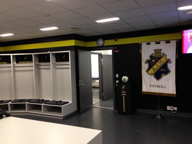 Målning omklädningsrum AIK Fotboll